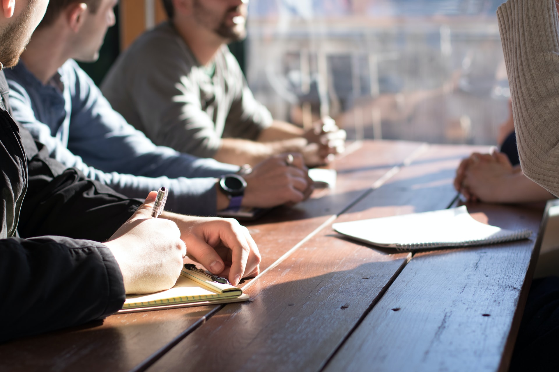 Top Tips For Managing Large Teams